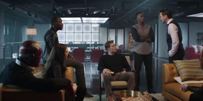 the-avengers-discuss-the-sokovia-accords.jpg